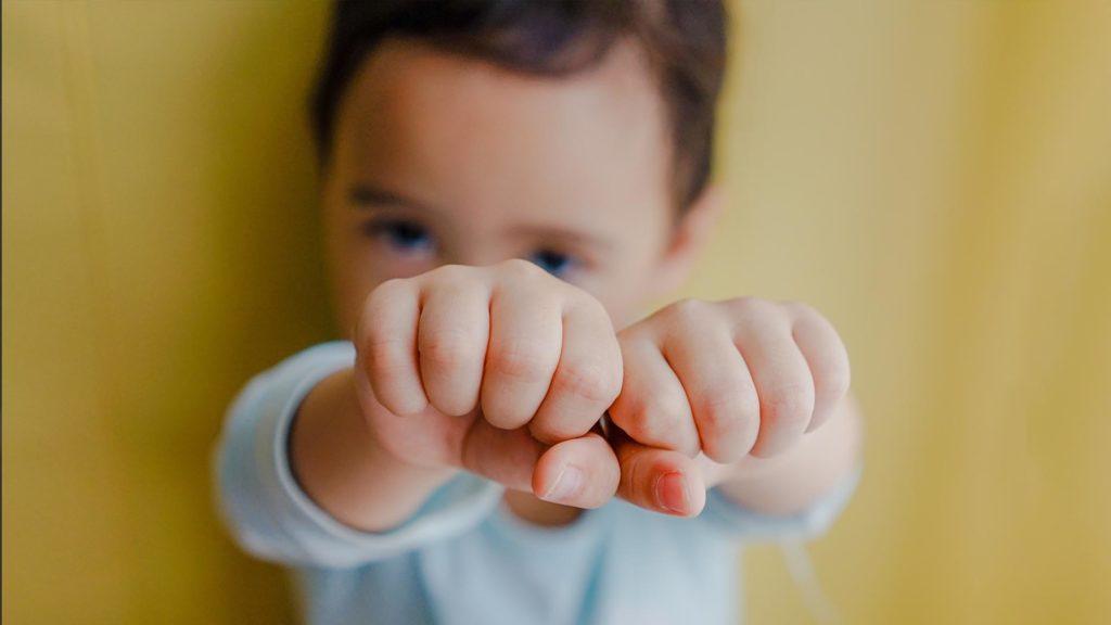 Niños con problemas de comportamiento y agresividad, técnicos en atención temprana en Centro Amaype en Alcorcón (Madrid)